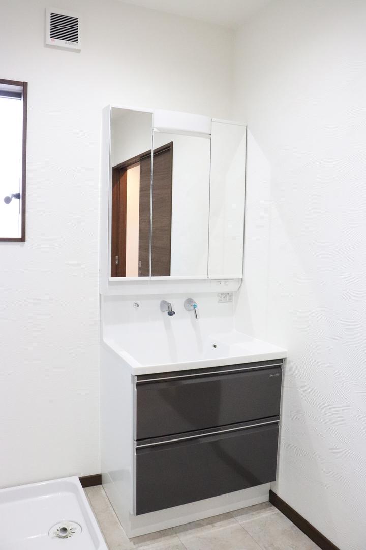 化粧洗面台 施工事例のサムネイル