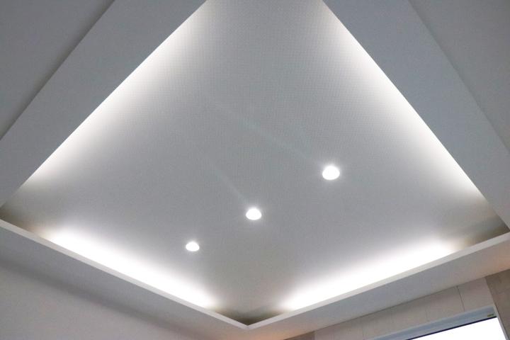 リビング折上げ天井 施工事例のサムネイル