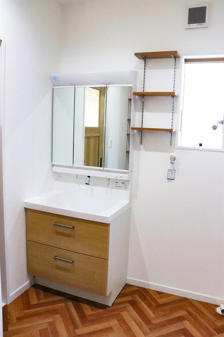 洗面化粧台 施工事例のサムネイル