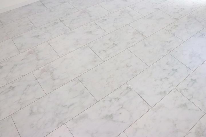 大理石調床材 施工事例のサムネイル