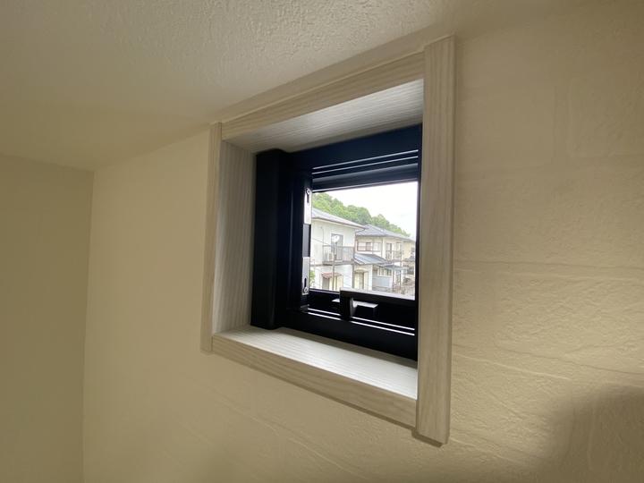 小窓 施工事例のサムネイル
