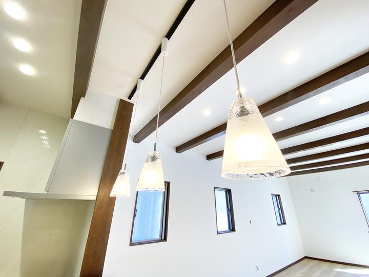ペンダント照明 施工事例のサムネイル