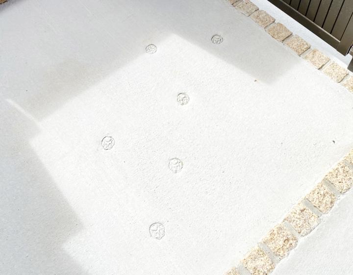 玄関コンクリート 施工事例のサムネイル