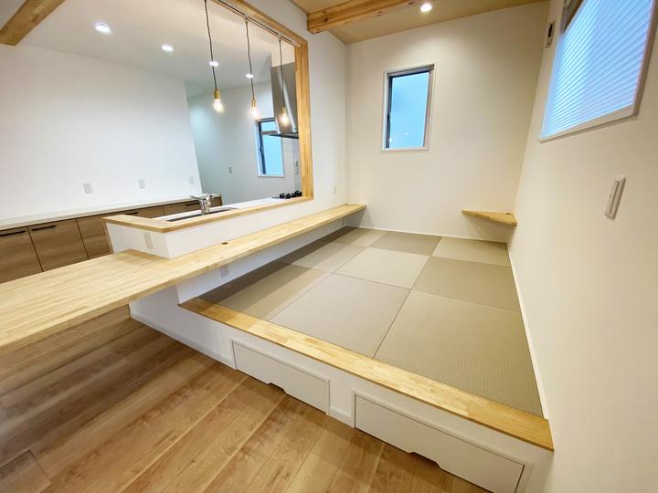 ダイニング(畳) 施工事例のサムネイル