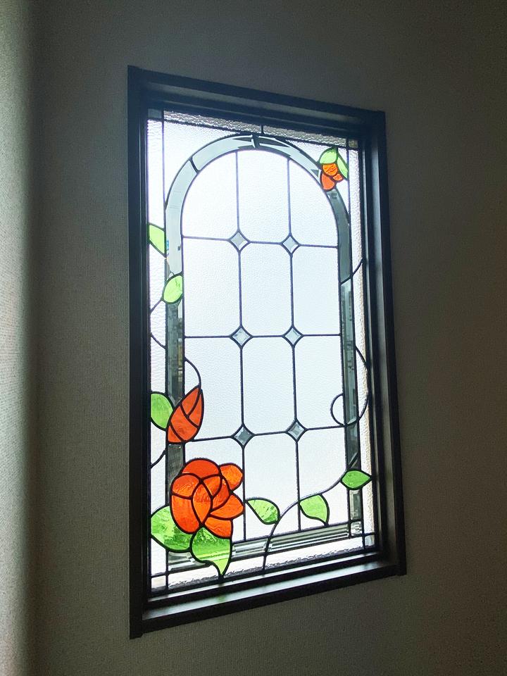 ステンドグラス窓 施工事例のサムネイル