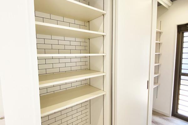 キッチン造作収納♪